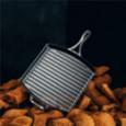 Чугунная квадратная сковорода-гриль Blacklock 30.5 см черный Lodge \ BL65GP